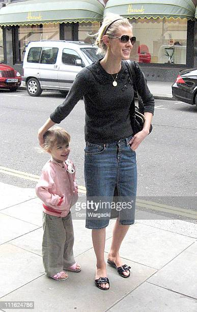 Donna Air with her daughter Freya during Donna Air Sighting in Knightsbridge London June 5 2006 at Knightsbridge in London Great Britain