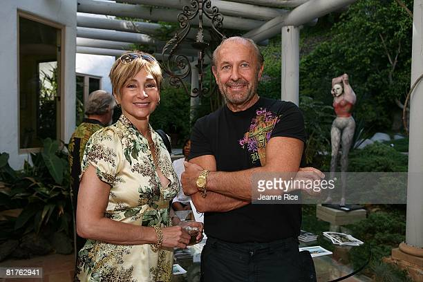 Donna and Allan Wash attend Trigg Ison Fine art exhibit for the work of Maxine Kim StussyFrankel at her home June 28 2008 in Los Angeles California