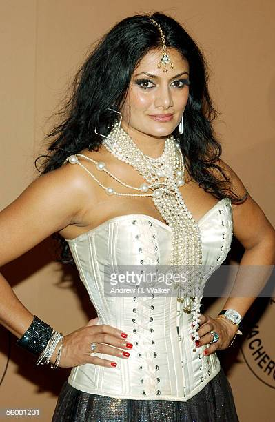 Donna D'Cruz attends the 250th Anniversary Celebration of luxury watch brand Vacheron Constantin hosted by Melania Trump on October 24 2005 in New...