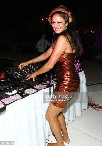 Donna D'Cruz performs during the Drinks Dinner and Disco Party the night before the wedding of Ivana Trump and Rossano Rubicondi at the MaraLago Club...