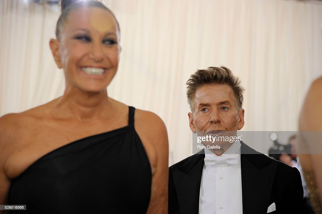 Donna Karan And Calvin Klein At Metropolitan Museum Of Art On May 2 News Photo Getty Images