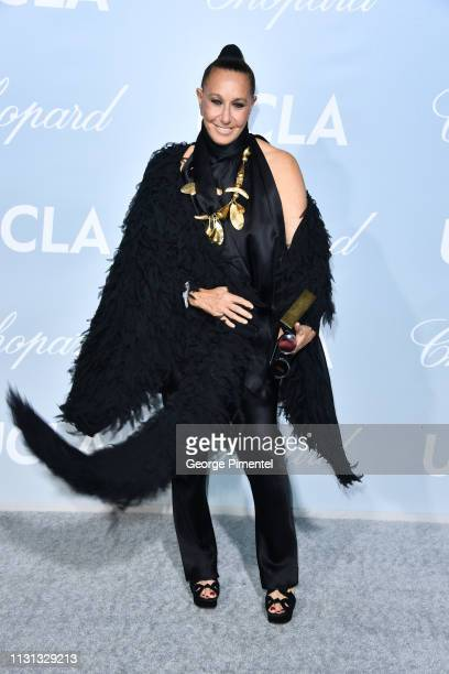 Donna Karan arrives at the 2019 Hollywood For Science Gala at Private Residence on February 21, 2019 in Los Angeles, California.