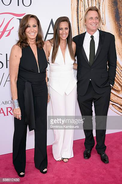 Donna Karan Gabby Karan De Felice and Russell Jones attend the 2016 CFDA Fashion Awards at the Hammerstein Ballroom on June 6 2016 in New York City
