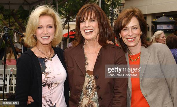 Donna Mills Linda Gray and Jane Kaczmarek during Screen Actors Guild Foundation and Verizon Announce New Season of Storyline Online at The Grove in...