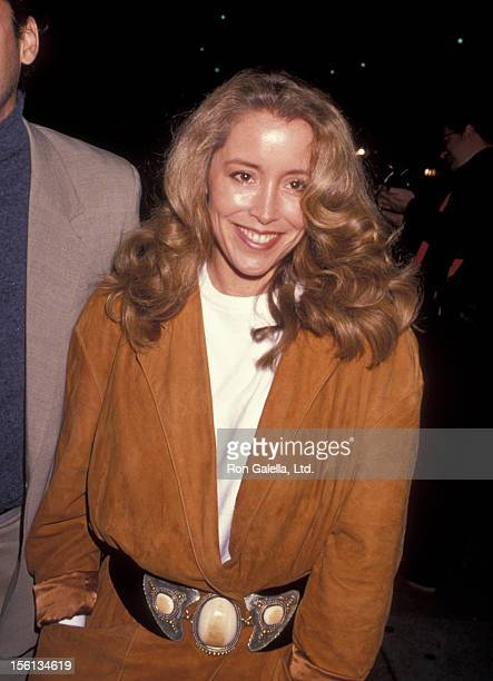 Donna Rice attends the premiere of 'Triumph of Spirit' on November 2 1989 at the Academy Theater in Beverly Hills California