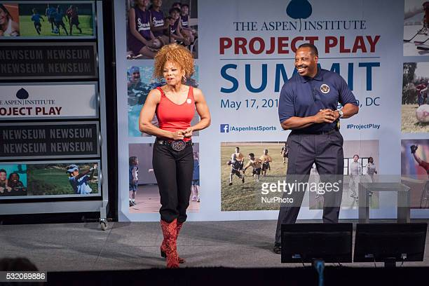 Donna Richardson Cornell McClellan Members President's Council on Fitness Sports amp Nutrition lead a physical activity break for the Aspen...
