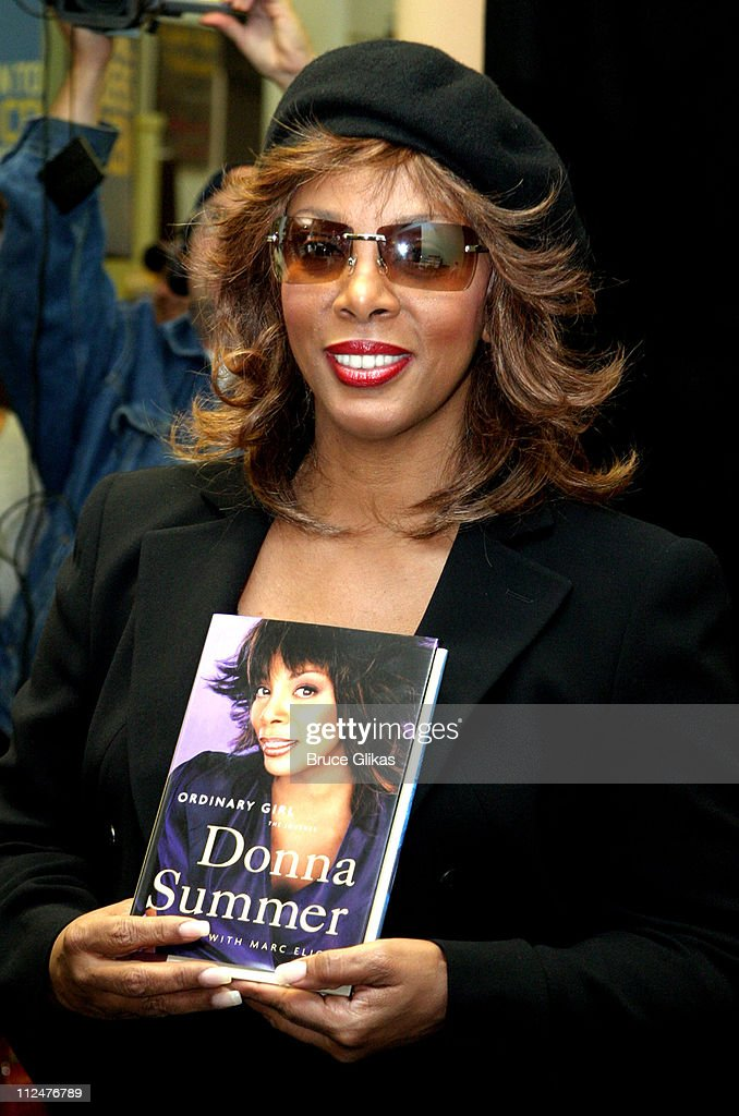 Donna Summer during Donna Summer Signs Copies of Her New Book 'Ordinary Girl' and New CD 'The Journey' at Barnes and Noble in New York City, New York, United States.