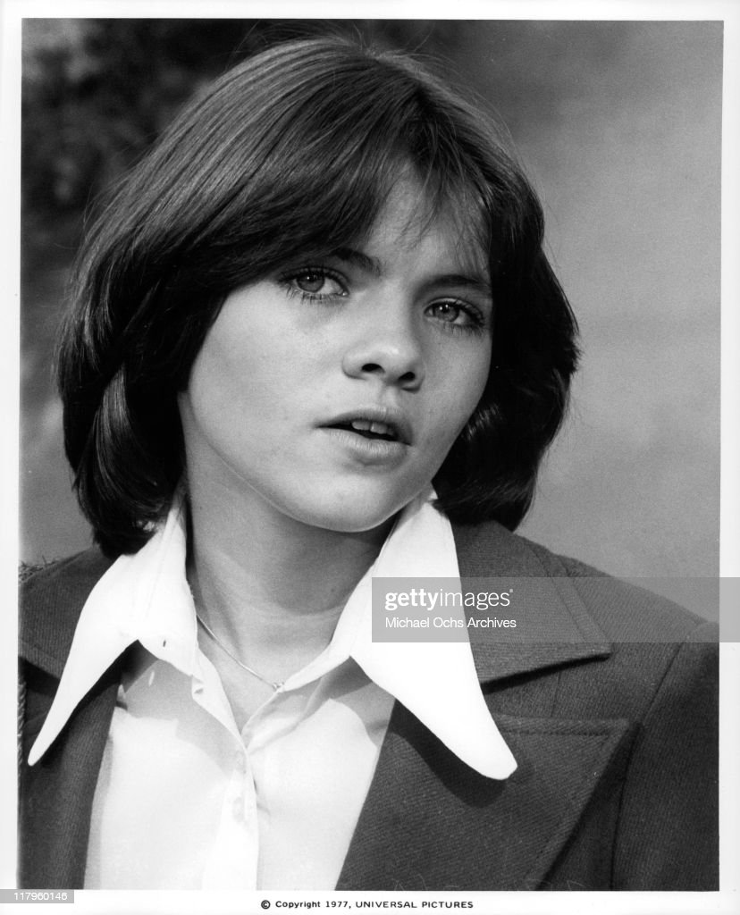 Rhian Ramos (b. 1990) foto