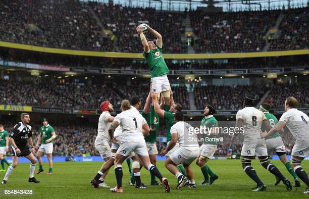 Donnacha Ryan of Ireland wins lineout ball during the RBS Six Nations match between Ireland and England at the Aviva Stadium on March 18 2017 in...