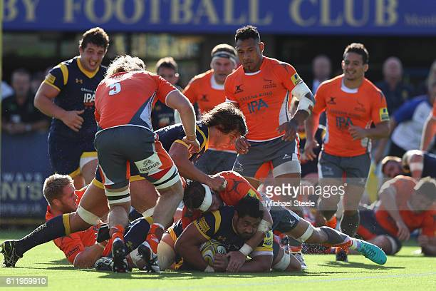 Donncha O'Callaghan and Val Rapava Ruskin of Worcester push for the try line during the Aviva Premiership match between Worcester Warriors and...