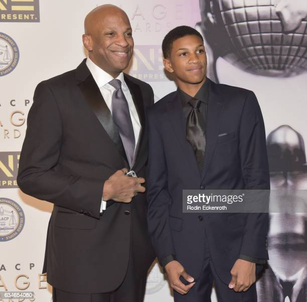 Donnie Mcclurkin Son: Matthew Mcclurkin Stock Photos And Pictures