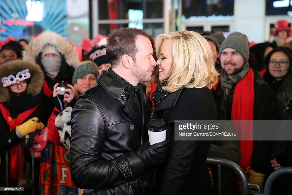 Dick Clark's New Year's Rockin' Eve With Ryan Seacrest 2015 : News Photo