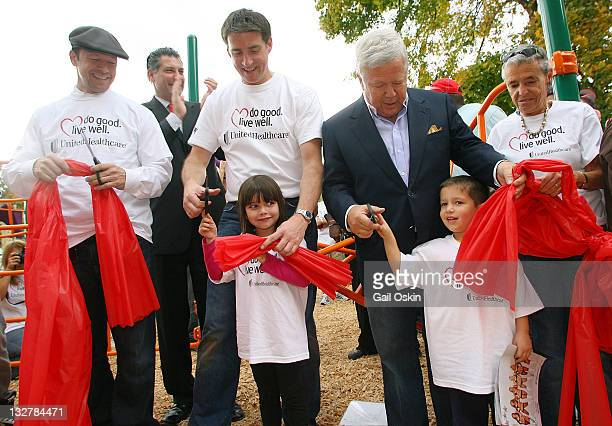 Donnie Wahlberg Tom Paul Robert Kraft and Myra Kraft support New England Patriots Charitable Foundation and UnitedHealthcare's Do Good Live Well...