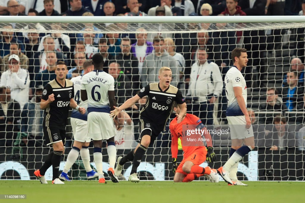 Tottenham Hotspur v Ajax - UEFA Champions League Semi Final: First Leg : News Photo