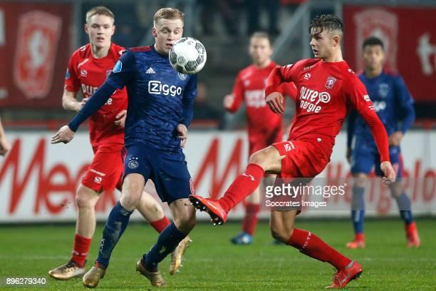Donny van de Beek of Ajax Alexander Laukart of FC Twente during the Dutch KNVB Beker match between Fc Twente v Ajax at the De Grolsch Veste on...