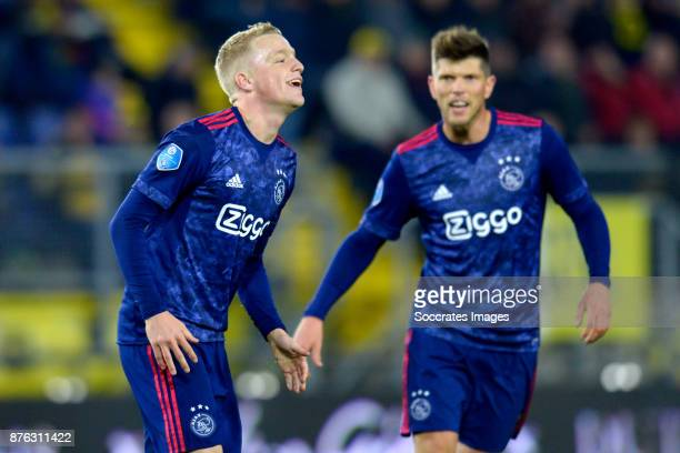 Donny van de Beek of Ajax celebrates 08 with Klaas Jan Huntelaar of Ajax during the Dutch Eredivisie match between NAC Breda v Ajax at the Rat...