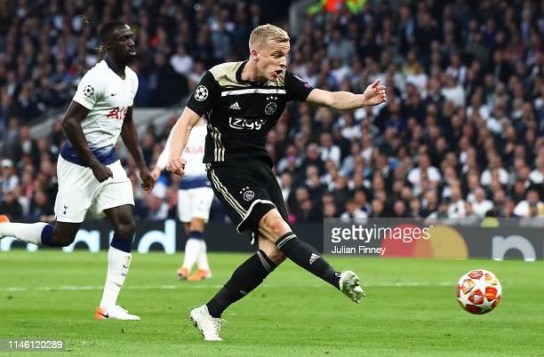 Donny van de Beek of Ajax scores his team's first goal during the UEFA Champions League Semi Final first leg match between Tottenham Hotspur and Ajax...