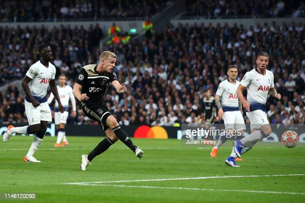 Donny van de Beek of Ajax scores his team's first goal during the UEFA Champions League Semi Final first leg match between Tottenham Hotspur and Ajax...