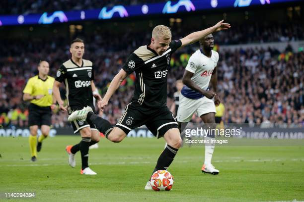 Donny van de Beek of Ajax scores the first goal to make it 01 during the UEFA Champions League match between Tottenham Hotspur v Ajax at the...