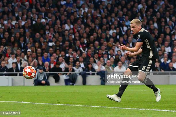 Donny van de Beek of Ajax scores the opening goal during the UEFA Champions League Semi Final first leg match between Tottenham Hotspur and Ajax at...