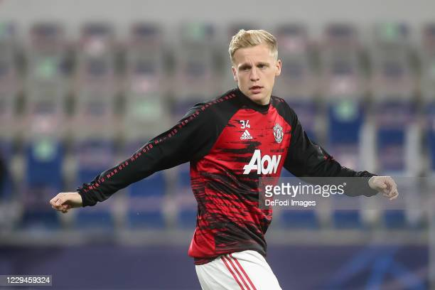 Donny van de Beek of Manchester United looks on prior to the UEFA Champions League Group H stage match between Istanbul Basaksehir and Manchester...