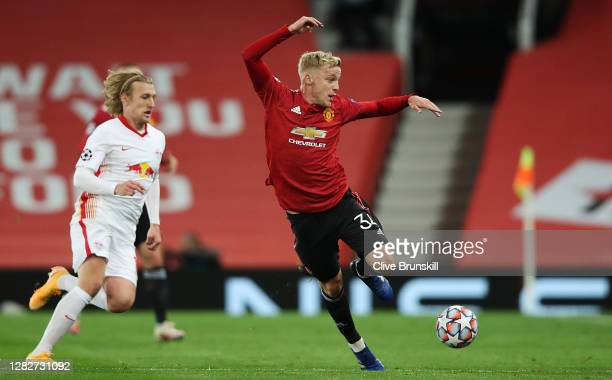Donny Van De Beek of Manchester United on the ball during the UEFA Champions League Group H stage match between Manchester United and RB Leipzig at...