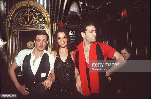 Donovan Leitch, Shalom Harlow and her friend.