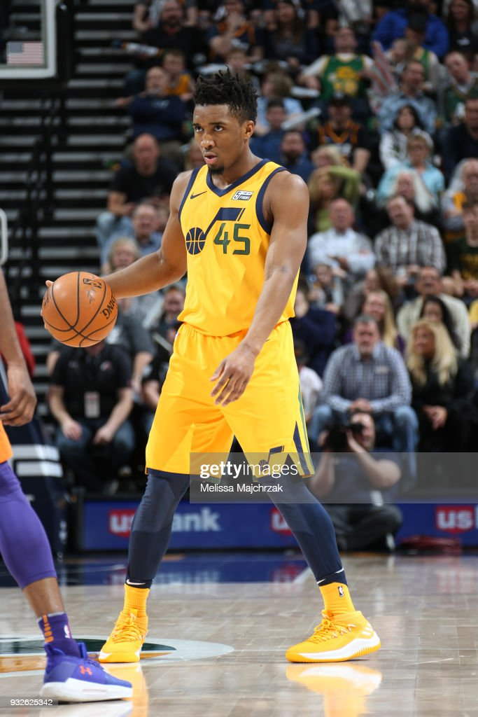 new arrival e0a3a a76c6 Donovan Mitchell of the Utah Jazz handles the ball against ...