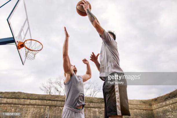 non aver paura di fallire, e potresti farlo! - guardia pallacanestro foto e immagini stock