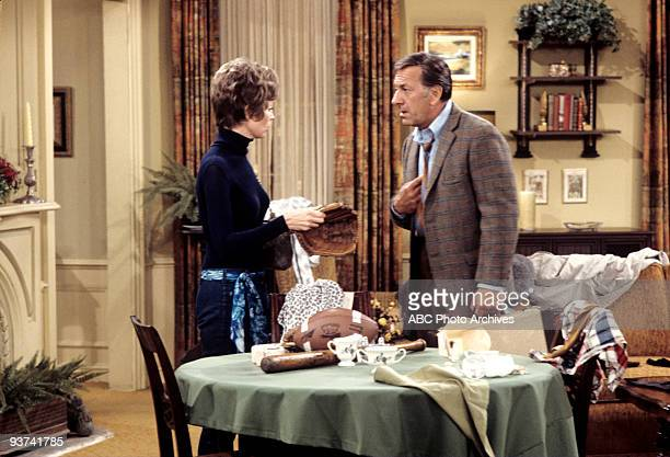 COUPLE Don't Believe in Roomers 12/22/72 Marlyn Mason Jack Klugman