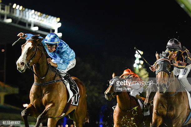 Don't Doubt Mamma ridden by Dwayne Dunn wins ZOUSTAR Stocks Stakes at Moonee Valley Racecourse on September 30 2016 in Moonee Ponds Australia