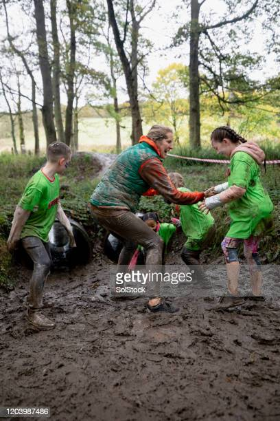 don't get stuck in the mud - endurance race stock pictures, royalty-free photos & images