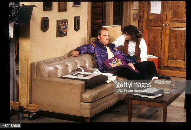COACH I Don't Know Much About Art But I Know What Makes Me Mad Airdate November 21 1989 CAREY