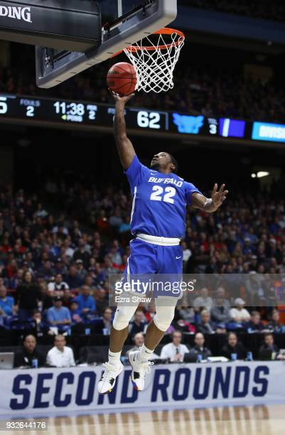 Dontay Caruthers of the Buffalo Bulls shoots the ball against the Arizona Wildcats during the first round of the 2018 NCAA Men's Basketball...