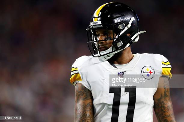 Donte Moncrief of the Pittsburgh Steelers looks on during the game between the New England Patriots and the Pittsburgh Steelers at Gillette Stadium...