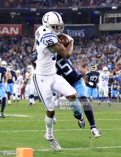 Dontrelle Inman of the Indianapolis Colts runs with the ball against the Tennessee Titans at Nissan Stadium on December 30 2018 in Nashville Tennessee