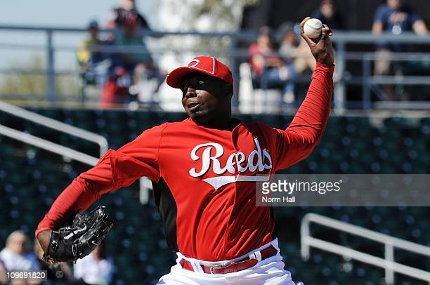 Dontrelle Willis of the Cincinnati Reds delivers a pitch against the Cleveland Indians at Goodyear Ballpark on February 28 2011 in Goodyear Arizona