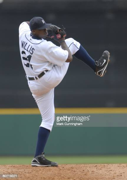 Dontrelle Willis of the Detroit Tigers pitches during the spring training game against the Atlanta Braves at Joker Marchant Stadium in Lakeland...