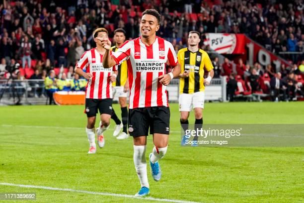Donyell Malen of PSV celebrates his goal during the Dutch Eredivisie match between PSV v Vitesse at the Philips Stadium on September 14, 2019 in...
