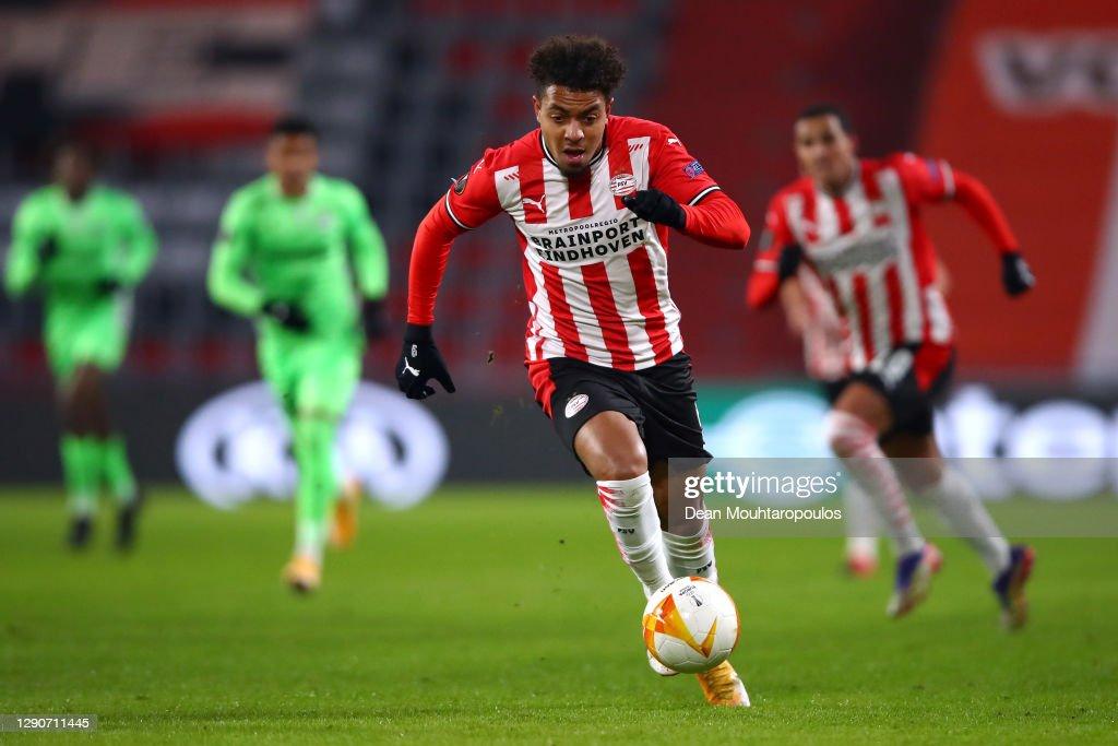 PSV Eindhoven v AC Omonoia: Group E - UEFA Europa League : ニュース写真
