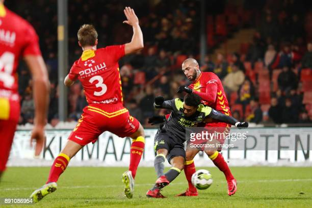 Donyell Malen of PSV U23 scores goal during the Dutch Jupiler League match between Go Ahead Eagles v PSV U23 at the De Adelaarshorst on December 12...