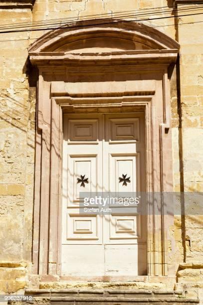 door, entrance, maltese cross, malta - maltese cross stock photos and pictures