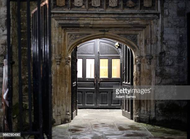 a door - 17th century stock pictures, royalty-free photos & images