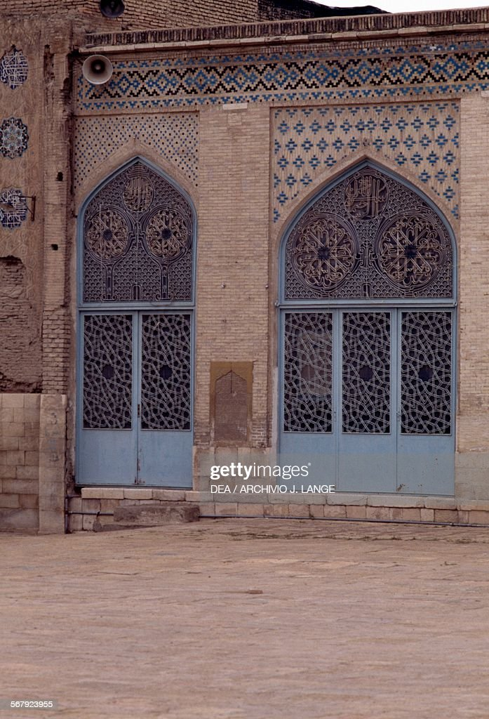Doors in the courtyard of the Masjid-i Atiq mosque (Friday mosque) & Doors in courtyard of Masjid-i Atiq mosque Pictures   Getty Images pezcame.com
