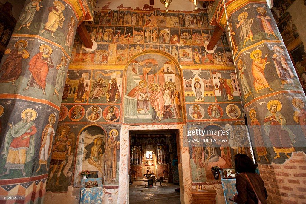 Romanesque frescoes.