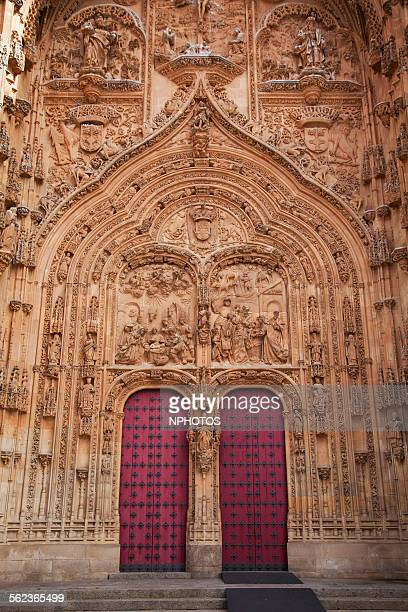 doorway from the new cathedral - intaglio stock pictures, royalty-free photos & images