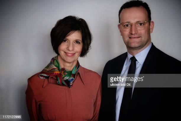 Doppelinterview mit Jens Spahn und Jutta Allmendinger hier im Axel Springer Journalistenclub mit Dorothea Siems und Annette Dowideit