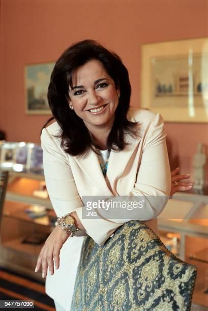 Dora Bakoyannis maire d'Athènes dans son bureau Athènes Grèce 20040400 Dora Bakoyannis maire d'Athènes dans son bureau Athènes Grèce 20040400
