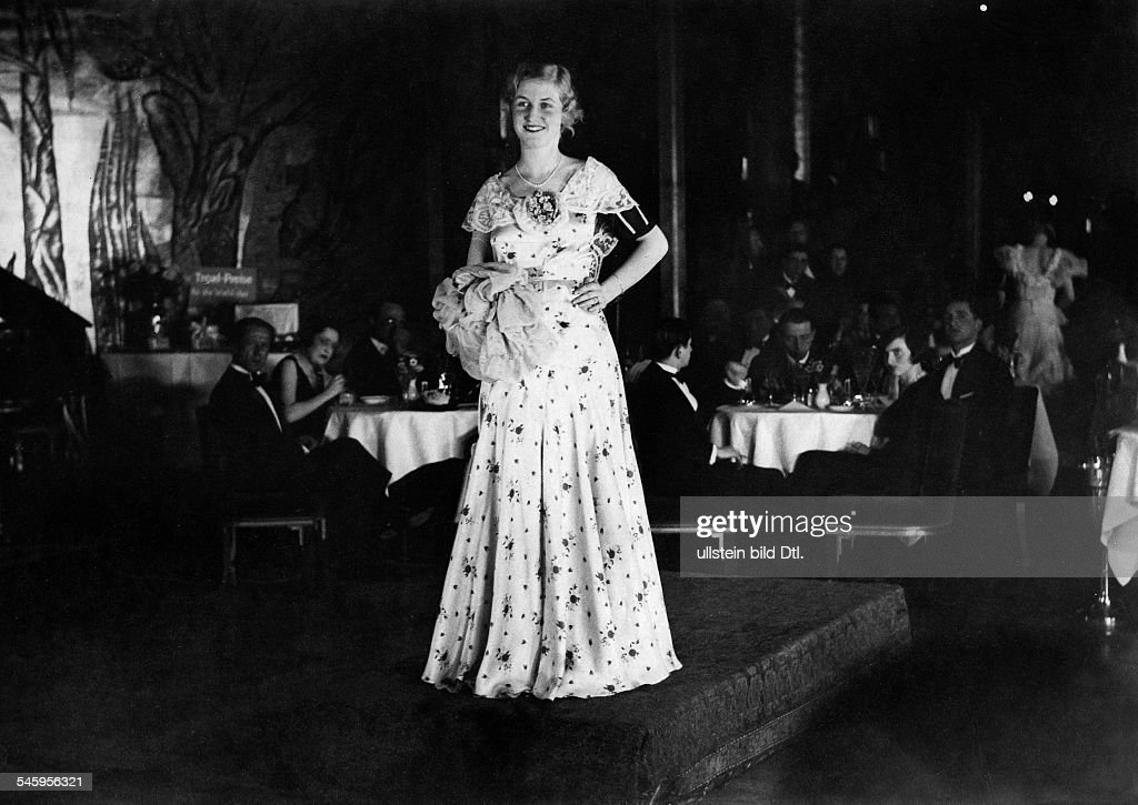 d'Ora, Daisy (Schlitter, Daisy) - Actress, Germany - *26.02.1913- during the Miss Germany 1931 contest - published in 'TEMPO', 09.05.1931 - 1931 Vintage property of ullstein bild : Fotografía de noticias
