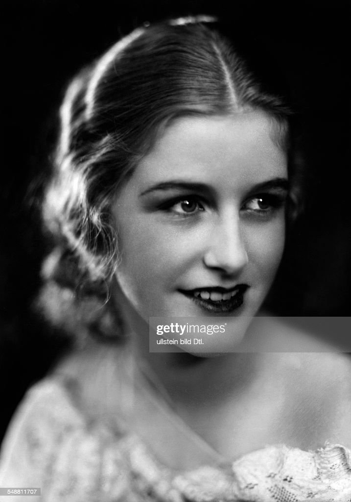 d'Ora, Daisy (Schlitter, Daisy) - Actress, Germany - *26.02.1913- Portrait - 1929 Vintage property of ullstein bild : ニュース写真
